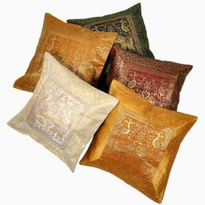 MULITI COLOR JACQUARD CUSHION