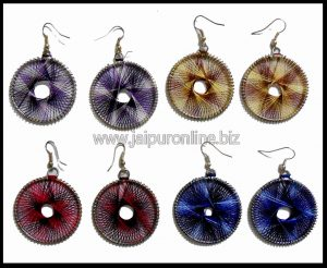 ROUND THREAD EARRINGS
